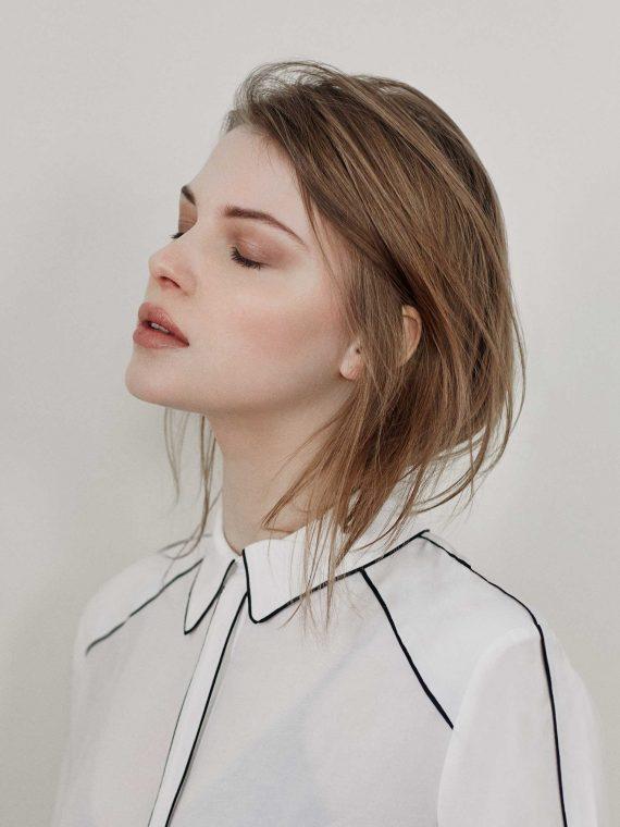 Model Women AGATA